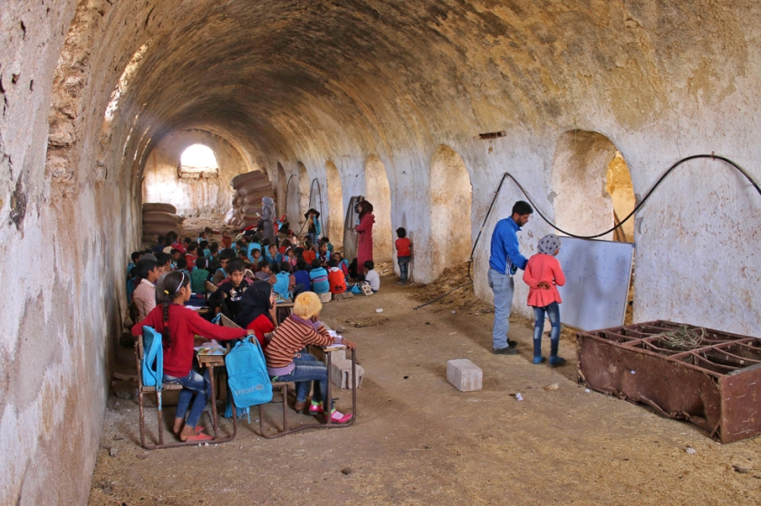 escuela-siria-985x656