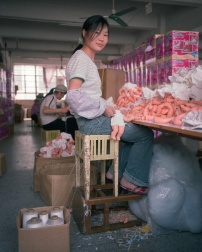 14-toy-factory-portraits