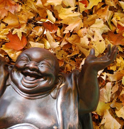 Laughing Buddha, por Michael Kuhn,CC BY-NC-SA 2.0